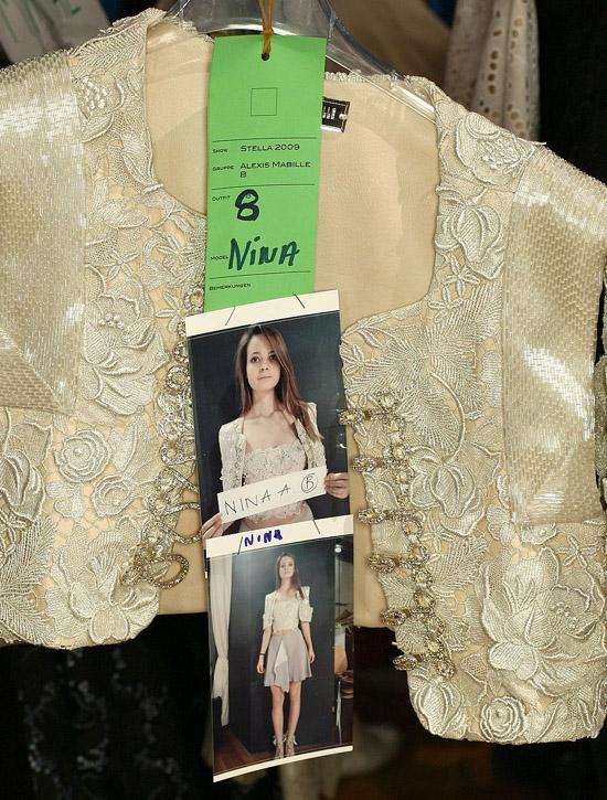 backstage_001